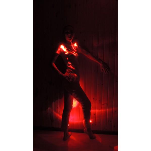 подсветка одежды цвет красный