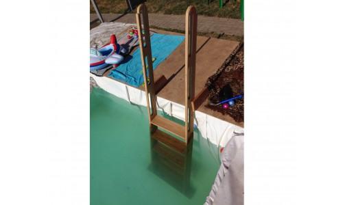 Лестница из дерева для бассейна своими руками