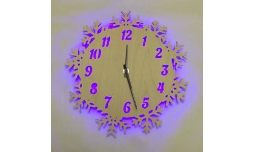 Часы «Снежинки №806»