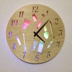 Часы с подсветкой «Красота №819»