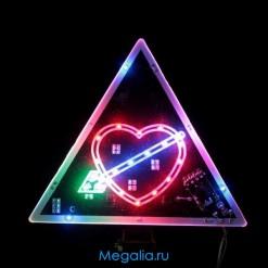 Светящийся треугольник для автомобиля