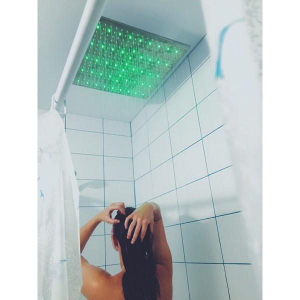 http://megalia.ru/682-8887-thickbox/dusch-svetyashiysya-kvadratnyy.jpg