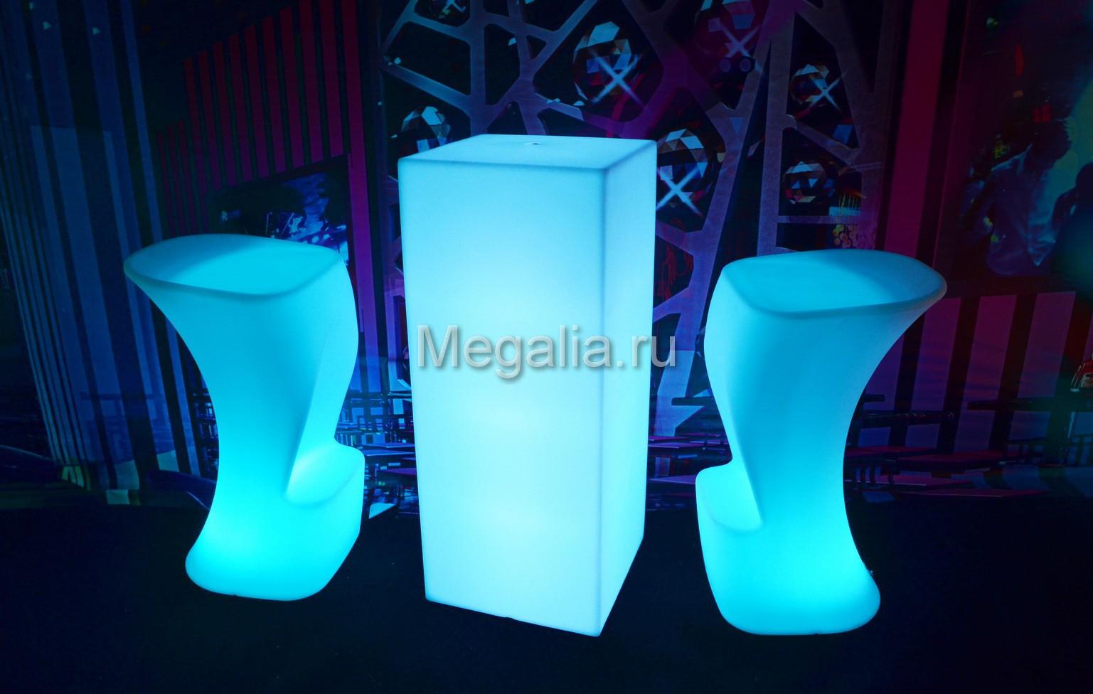 """Светящийся коктейльный стол """"Square"""""""