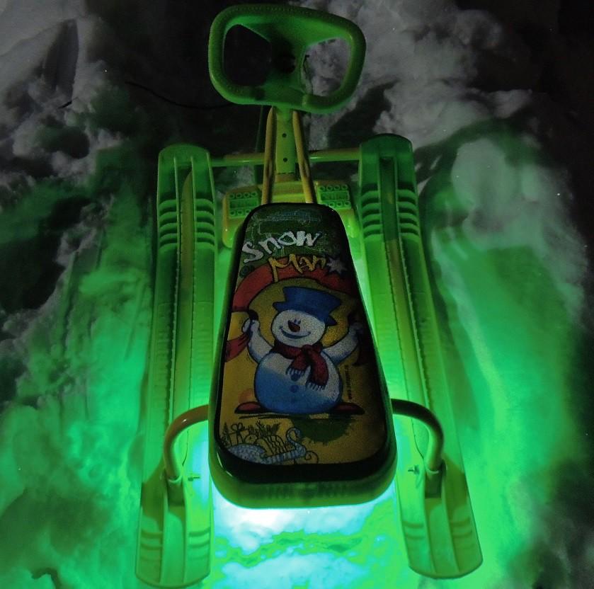 Подсветка снегоката и санок