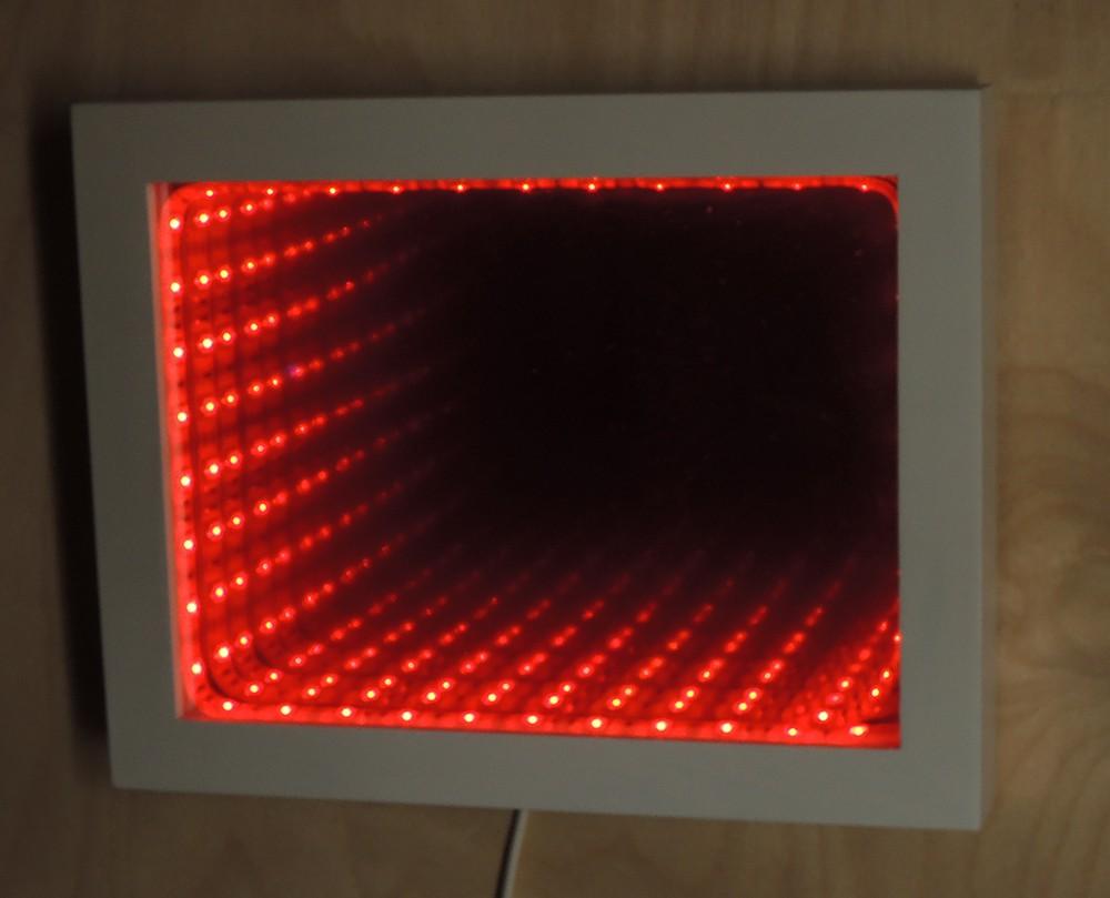 Светящаяся рамка бесконечность