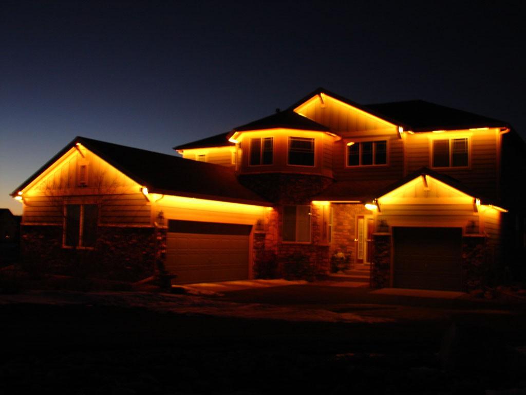 Подсветка дома